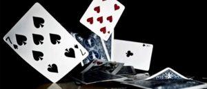 Some Winning Tips on Playing Poker Online