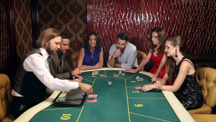 Playing at online gambling Casino