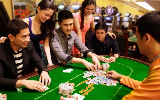 Play In Online Casinos