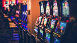 Tips for selecting the online gambling site